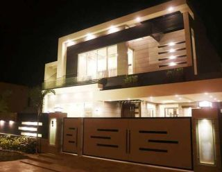 1 Kanal Bungalow for Rent in Lahore Model Town