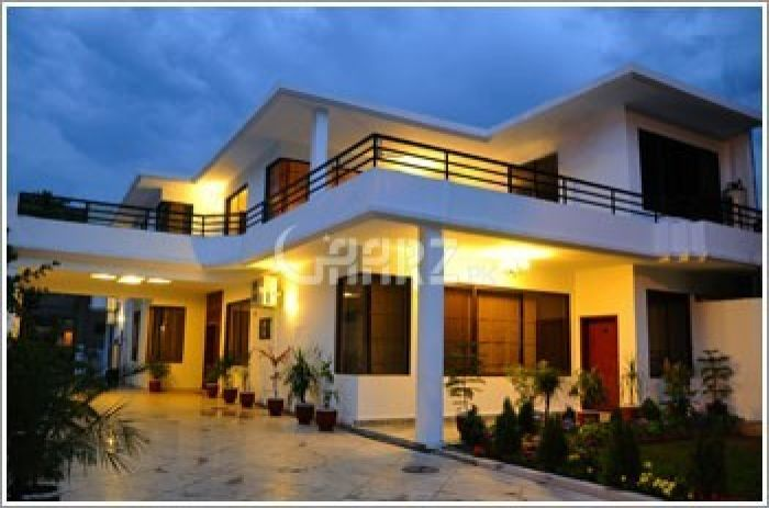 1 Kanal Bungalow for Sale in Lahore Block E, Eme Society