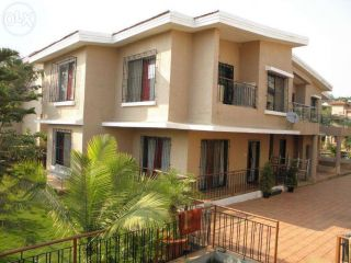 1 Kanal Bungalow For Sale In Model Town, Lahore