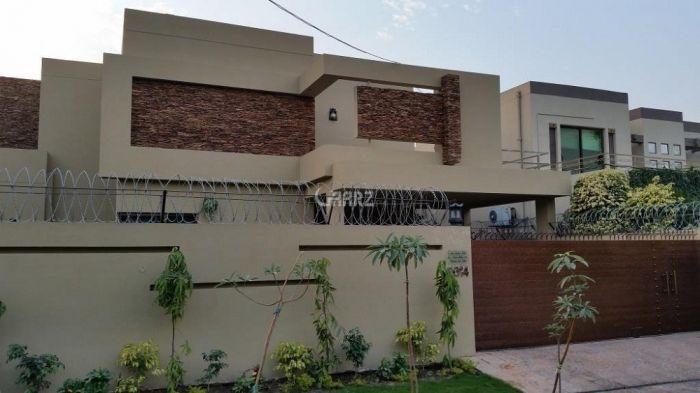 1 Kanal Lower Portion for Rent in Lahore Block E, Eme Society,