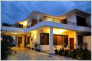 1 Kanal Upper Portion For Rent In Block CC, DHA Phase 4, Lahore