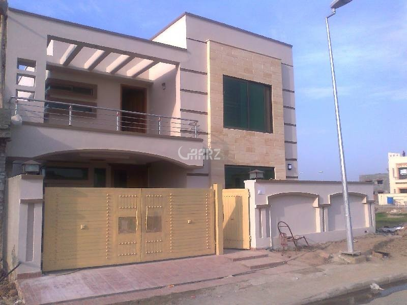 10 Marla House For Rent In Bahria Town  Iris Block, Lahore