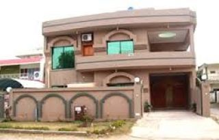 10 Marla House for Rent in Lahore Block Q, DHA Phase-2