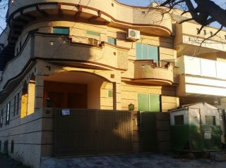 10 Marla House for Rent in Islamabad F-11/3