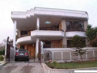 10 Marla House For Sale In Block P, DHA Phase 1, Lahore
