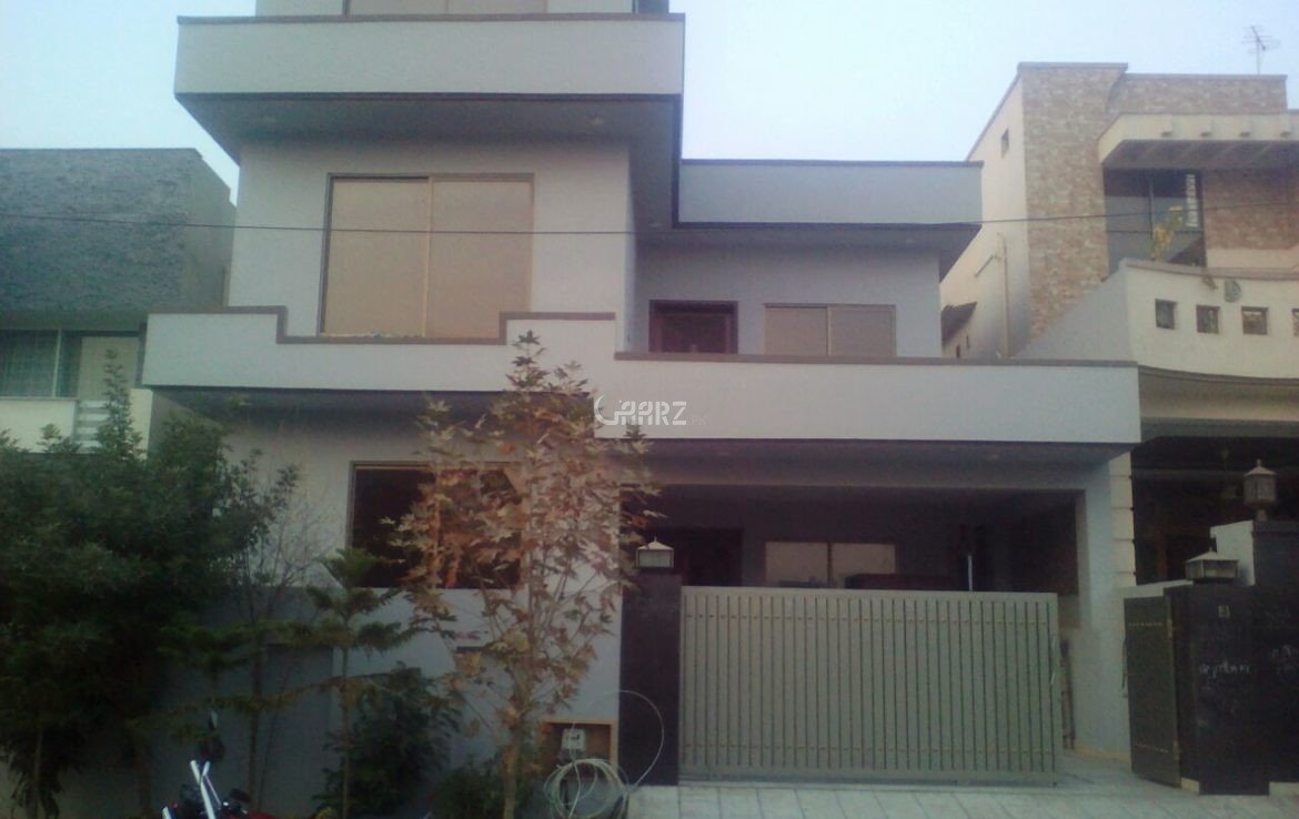 10 Marla House For Sale In DHA Phase 4