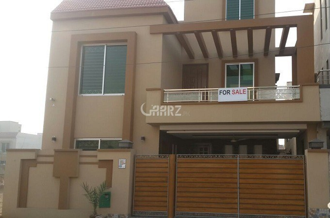 10 Marla House For Sale In DHA Phase 5