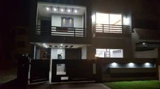 10 Marla House Is available For Sale One Unit Banglow Block B