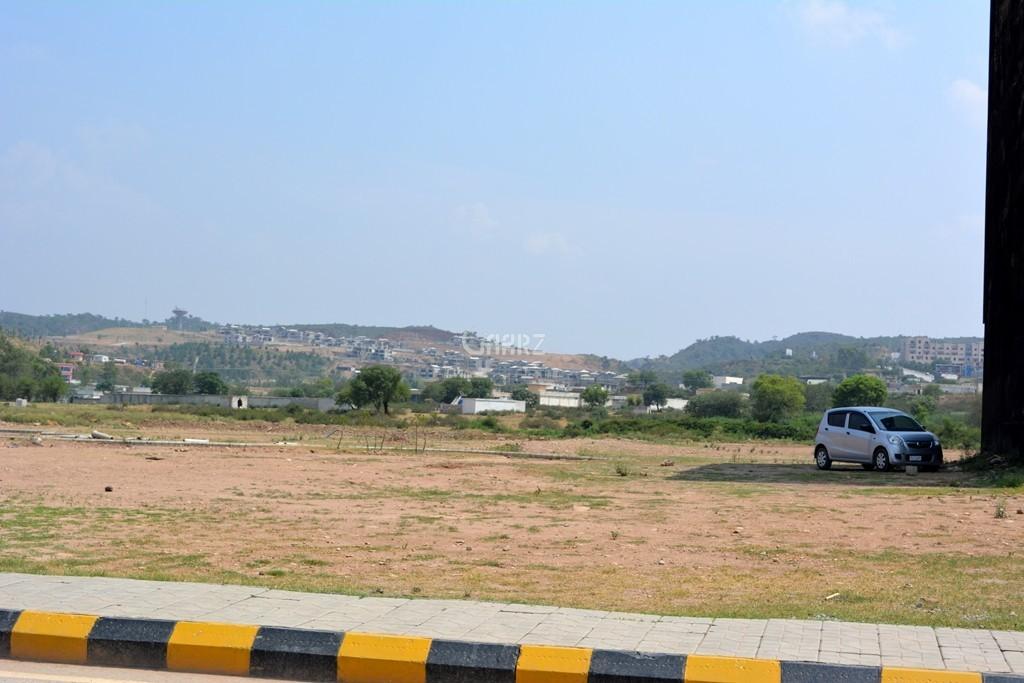 10 Marla Plot For Sale In Bahria Town, Karachi.