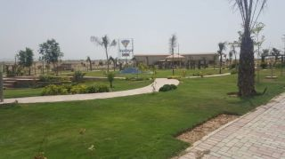 10 Marla Residential Plot For Sale in Top City-1