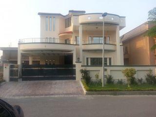 10 Marla Upper Portion for Rent in Karachi Clifton Block-4