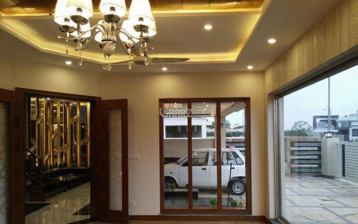 1000 Square Feet Apartment for Sale in Karachi E-11