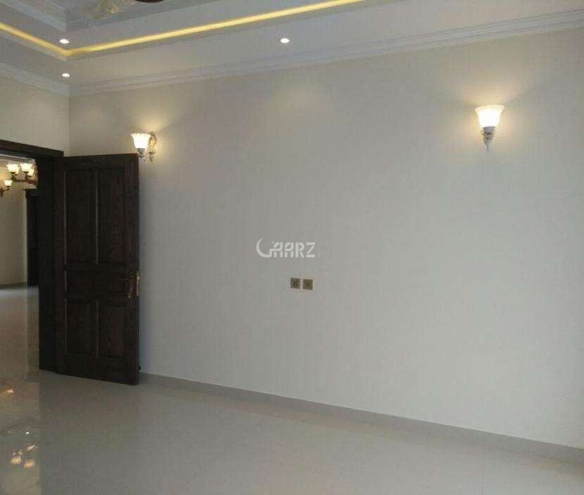 1000 Square Feet Flat For Rent In DHA Phase 6, Karachi