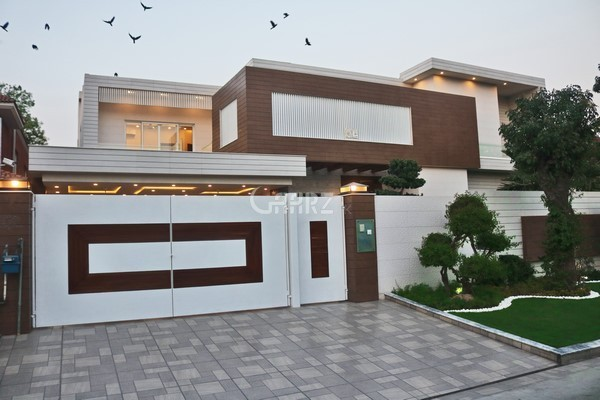 12  Marla  House  For Sale In   DHA Phase 8 - Zone D, Karachi