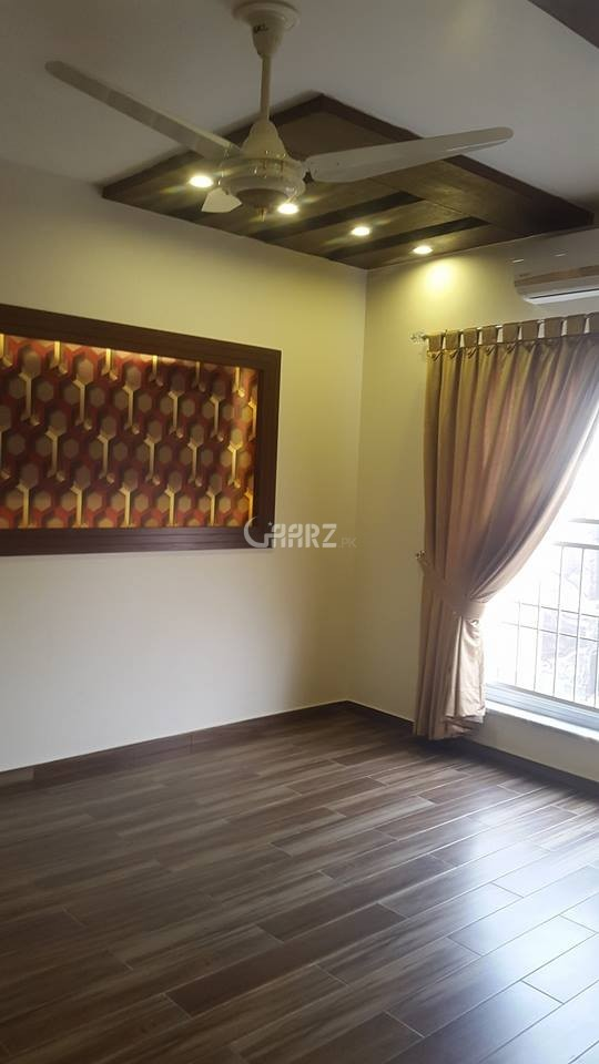 1200 Square Feet Flat For Rent