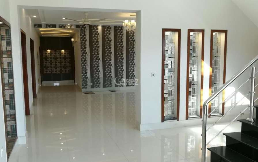 1200  Square Feet Flat For Rent In F-8, Islamabad
