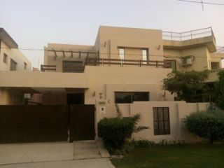 14 Marla Home For Rent In BBlock C, Bahria Town Phase 8,