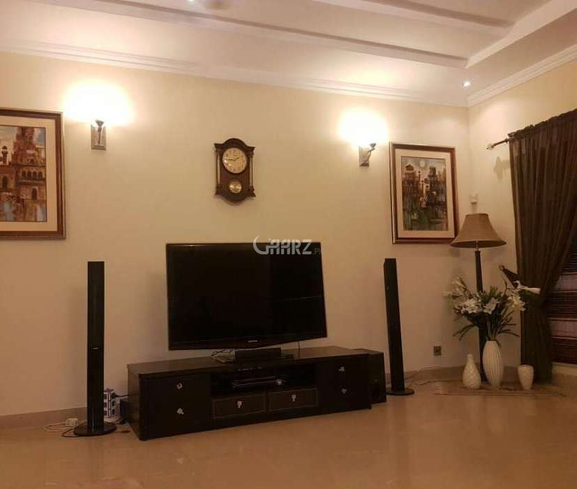 1400  Square Feet Flat For Rent In  F-11, Islamabad