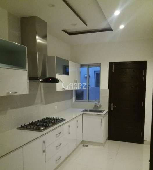 1400 Square Feet Flat for Sale In DHA Phase-6, Karachi.