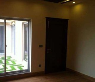 1600 Square Feet Flat For Rent In DHA Phase-6, Karachi