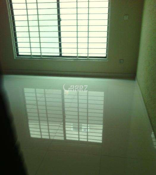 1800 Square Feet Flat For Rent