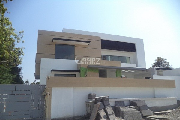2 Kanal House For Sale In Abid Majeed Road, Cantt, Lahore