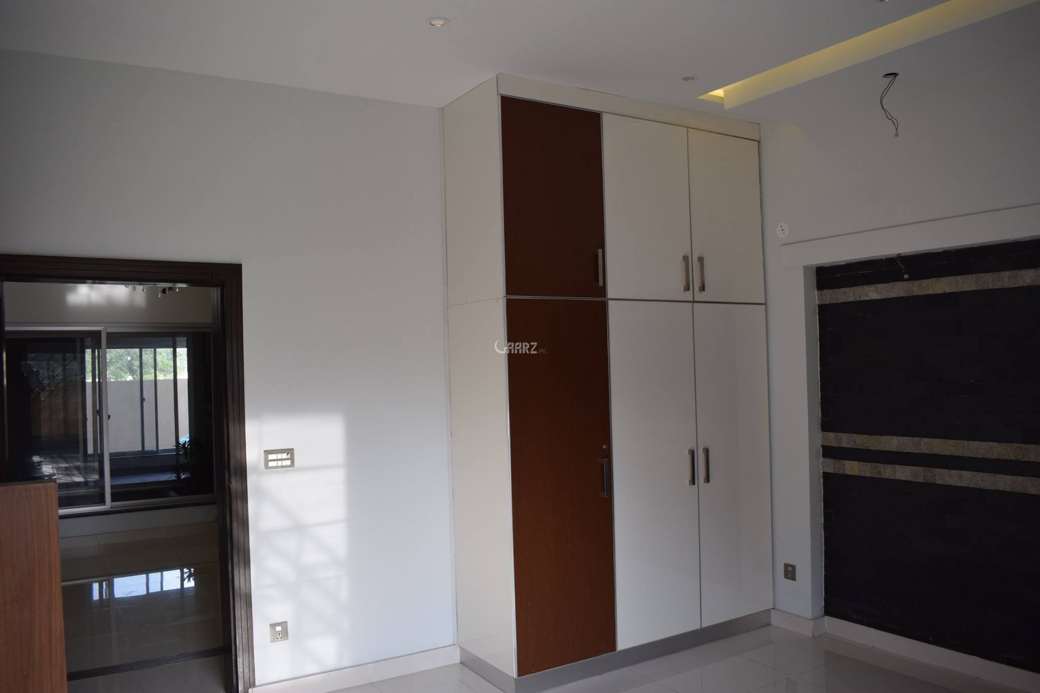 2 Kanal House For Sale In F-8 ,Islamabad
