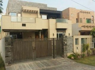 20  Marla  House  For  Rent  In  DHA Phase 4, Karachi