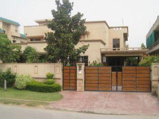 21 Marla House for Rent in Karachi Clifton Block-9