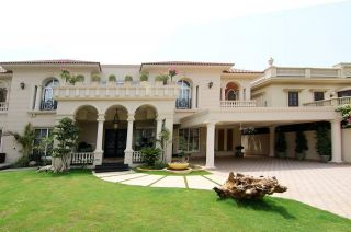 22  Marla  House  For  Rent  In  F-8/1, Islamabad