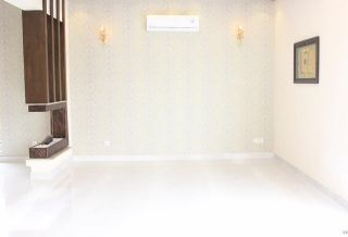 2200 Square Feet Apartment for Rent in Karachi Clifton