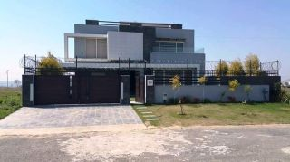 24 Marla Bungalow for Rent in Karachi DHA Phase-6