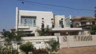 26  Marla  House  For  Rent  In  Gulraiz Housing Scheme, Rawalpindi