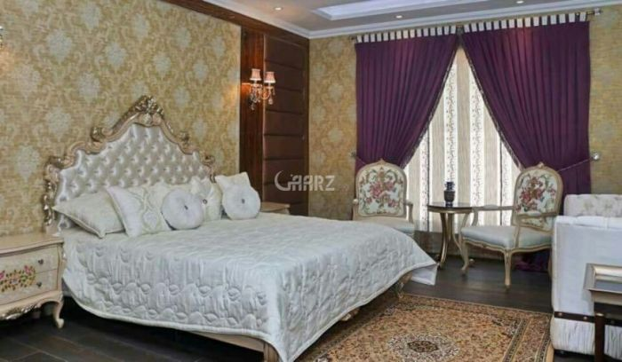 3015 Square Feet Flat For Sale In  DHA Phase 5 Karachi.