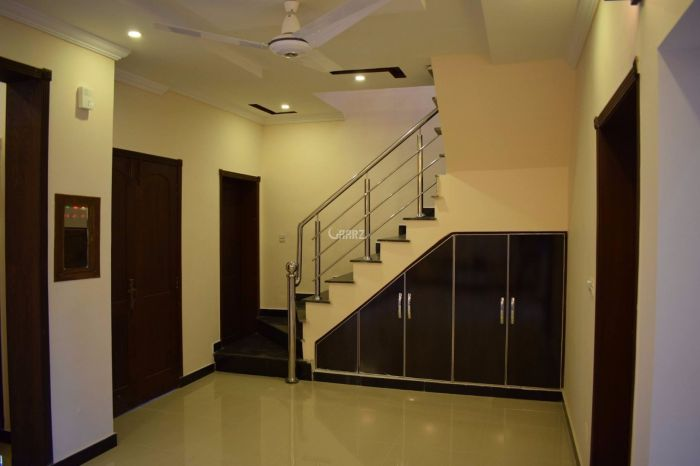 3450 Square Feet Apartment for Rent in Karachi DHA Phase-5