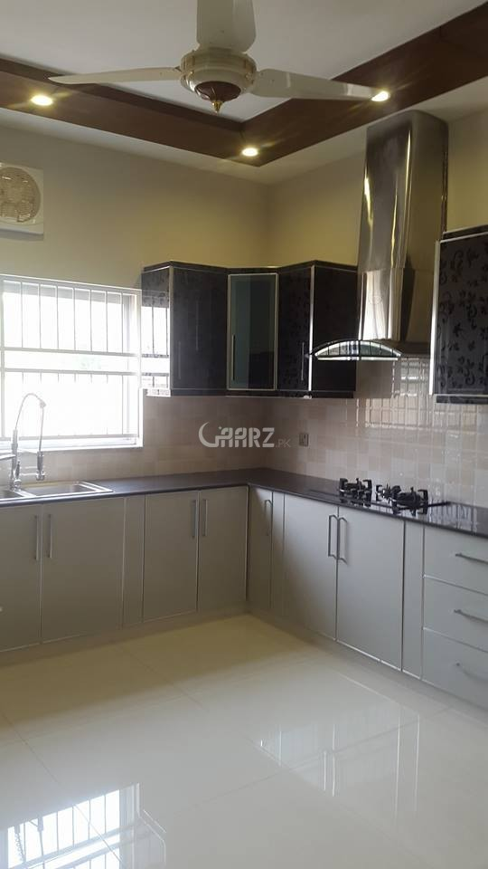 3750 Square Feet Flat For Rent in DHA Phase-8