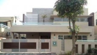 500 Square Yard House for Rent in Islamabad E-11/3