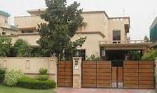 500 Square Yard House for Rent in Islamabad F-10/4