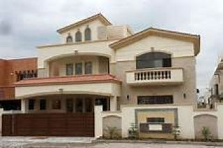 553 Square Yards Flat for Rent in F-10/3, Islamabad.