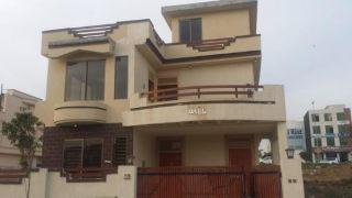 8 Marla House For Rent In Safari Homes, Bahria Town Phase 8,Rawalpindi