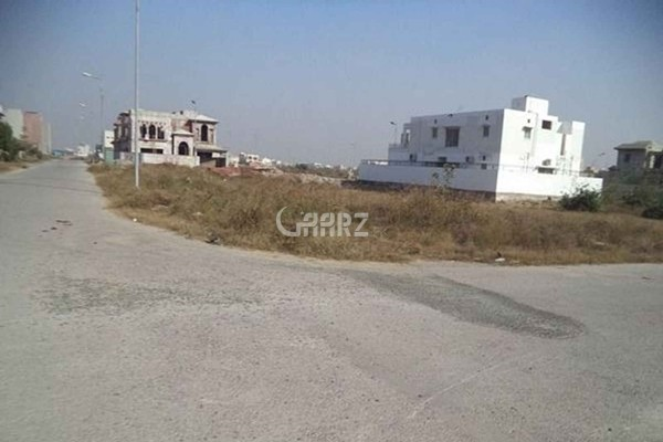 8 Marla Plot For Sale In  DHA Phase 8, Lahore