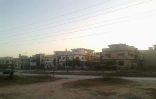 8 Marla Plot for Sale in Islamabad G-13/1
