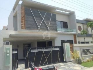 80  Marla  House  For  Rent  In  DHA Phase 7, Karachi