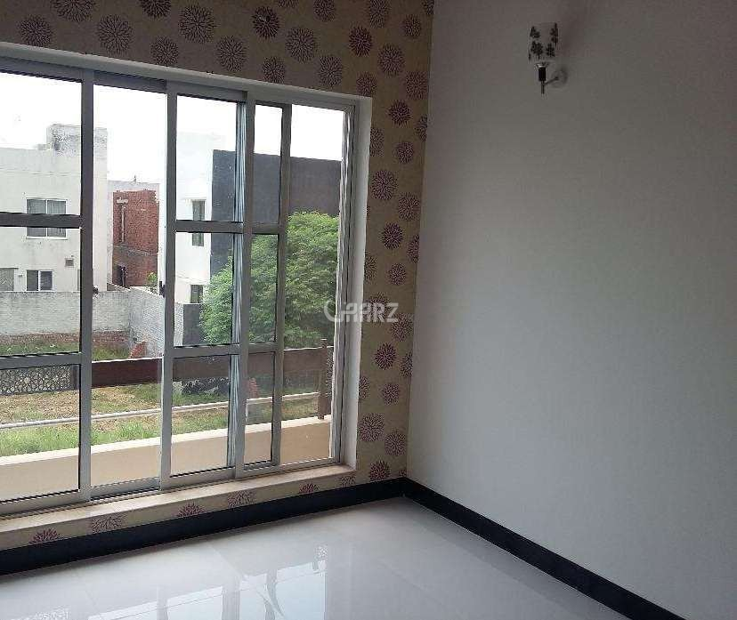 900 Square Feet Flat For Rent
