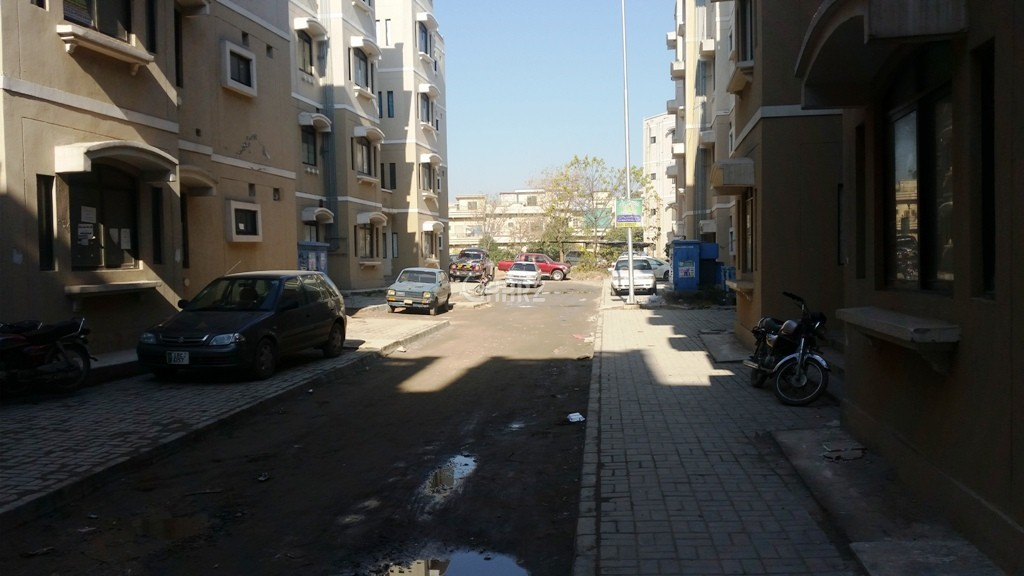 900 Square Feet Flat for Rent G 11/3, Islamabad.