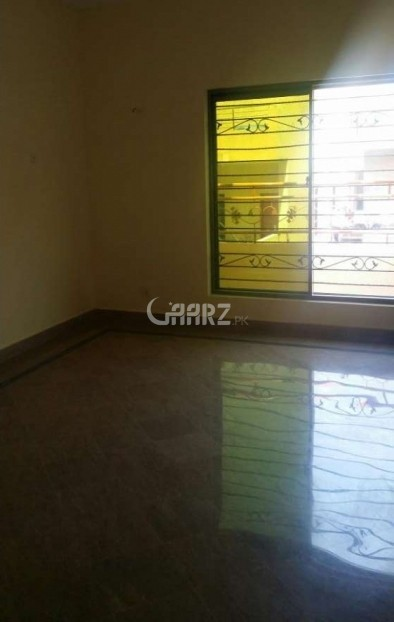 900 Square Feet Flat For Sale In DHA Phase 5, Karachi.