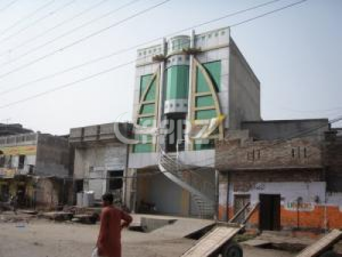 900 Square Feet Plaza For Sale In Mozang Chungi, Lahore