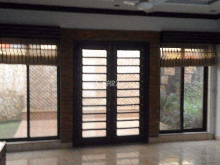 950 Square Feet Apartment for Sale in Karachi E-11/2
