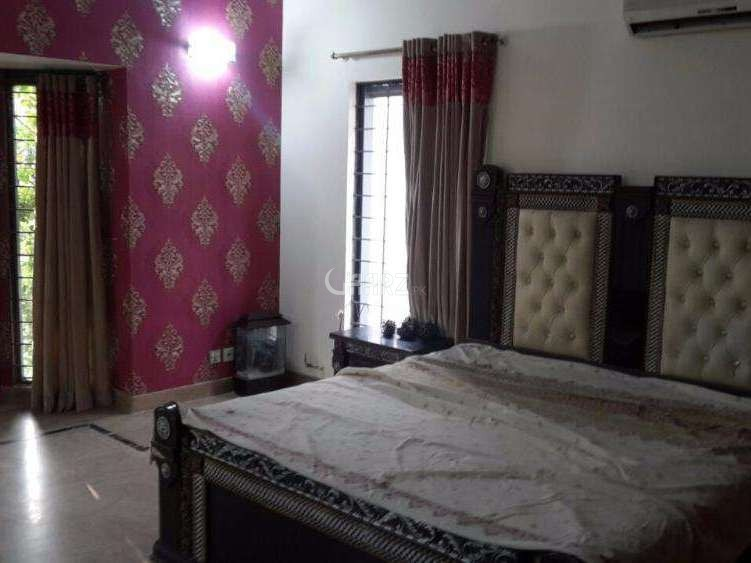 950 Square Feet Flat For Rent In DHA Phase-5, Karachi