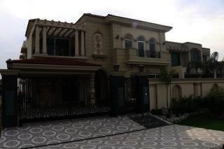 1 Kanal House for Rent in Lahore DHA Phase-4 Block F